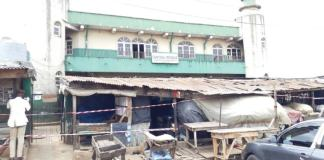 Lock down: Govt seals off Agege mosque as worshippers attack task force officials