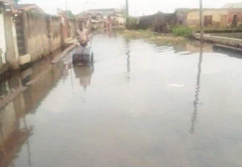 Flood sweeps away 17-yr-old girl in Lagos