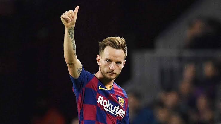 Barcelona Playmaker Rakitic Leaves For Sevilla