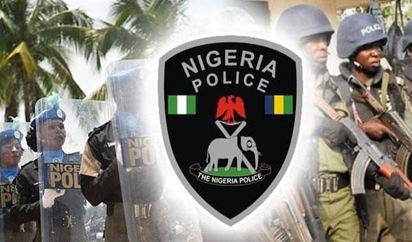Hoodlums attack police facilities, free inmates in Benin