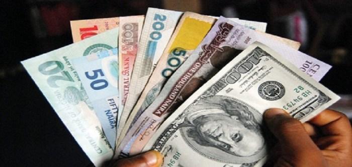 Naira falls to 475 per dollar