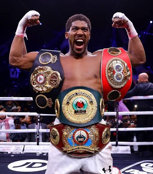 Anthony Joshua Declares War on Kubrat Pulev Ahead of their World Heavyweight Title Clash