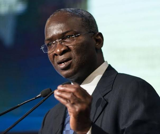 Fashola orders traders to vacate damaged Lagos Airport road flyover in 2 weeks