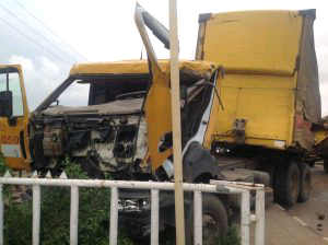 Protest in Ikorodu as Trailer Crushes Four to death
