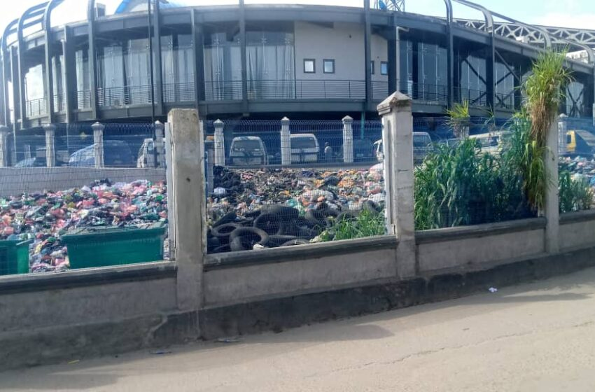 How refuse, indiscriminate dumpsite are overtaking Oshodi multibillion naira Terminal [PHOTOS]