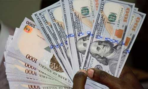 Naira strengthens to 508/$1, banks sell Dollar For N412