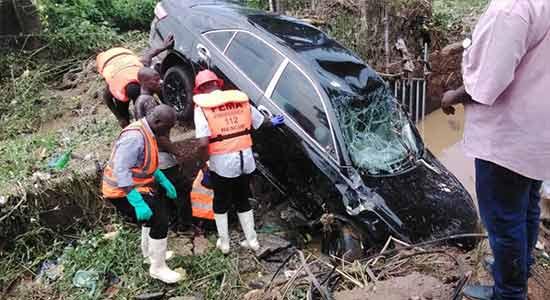 Four dead, cars swept away as flood wreaķs havoc in Abuja