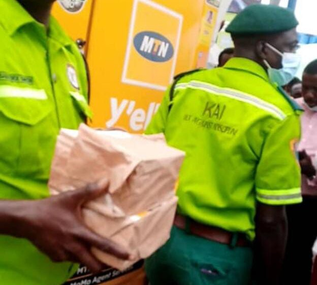 Agents kick as Lagos KAI operatives allegedly illegally seals off MTN branded kiosk
