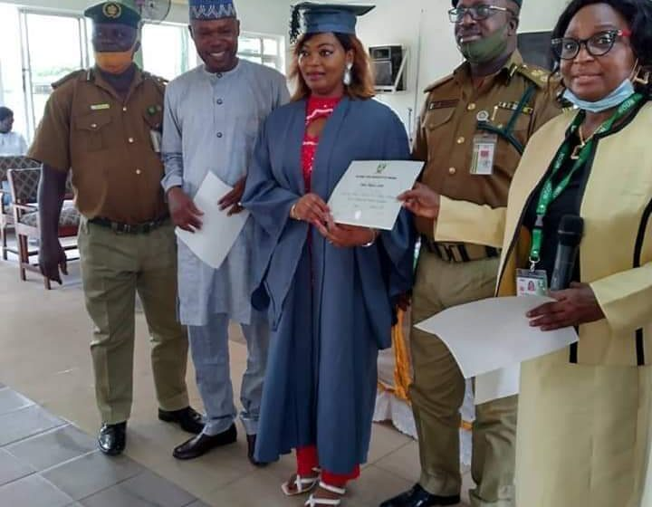Female prisoner graduate with Second Class Upper Degree ……As 8 Inmates graduate from Open University